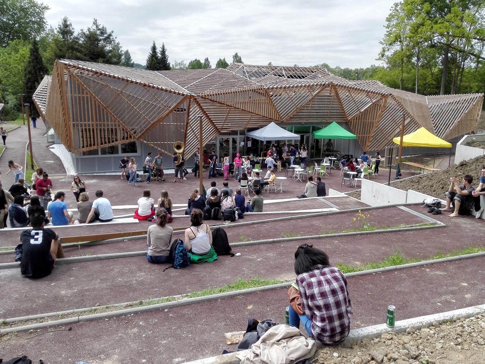 The Students House At Universite Paris Sud Air Student House Architecture Paris