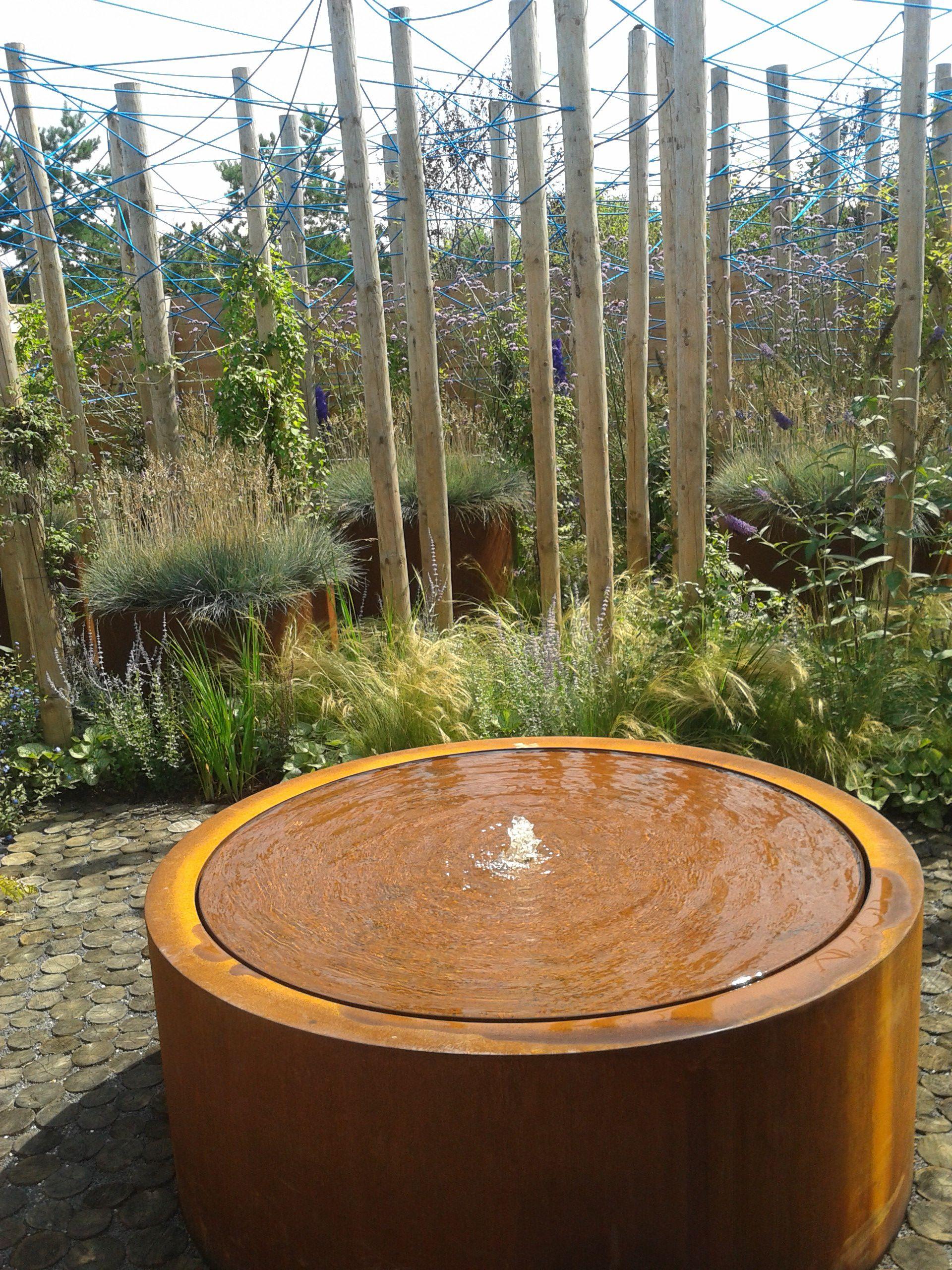 Ronde watertafel in CorTenstaal met 1 fontein en LED verlichting ...