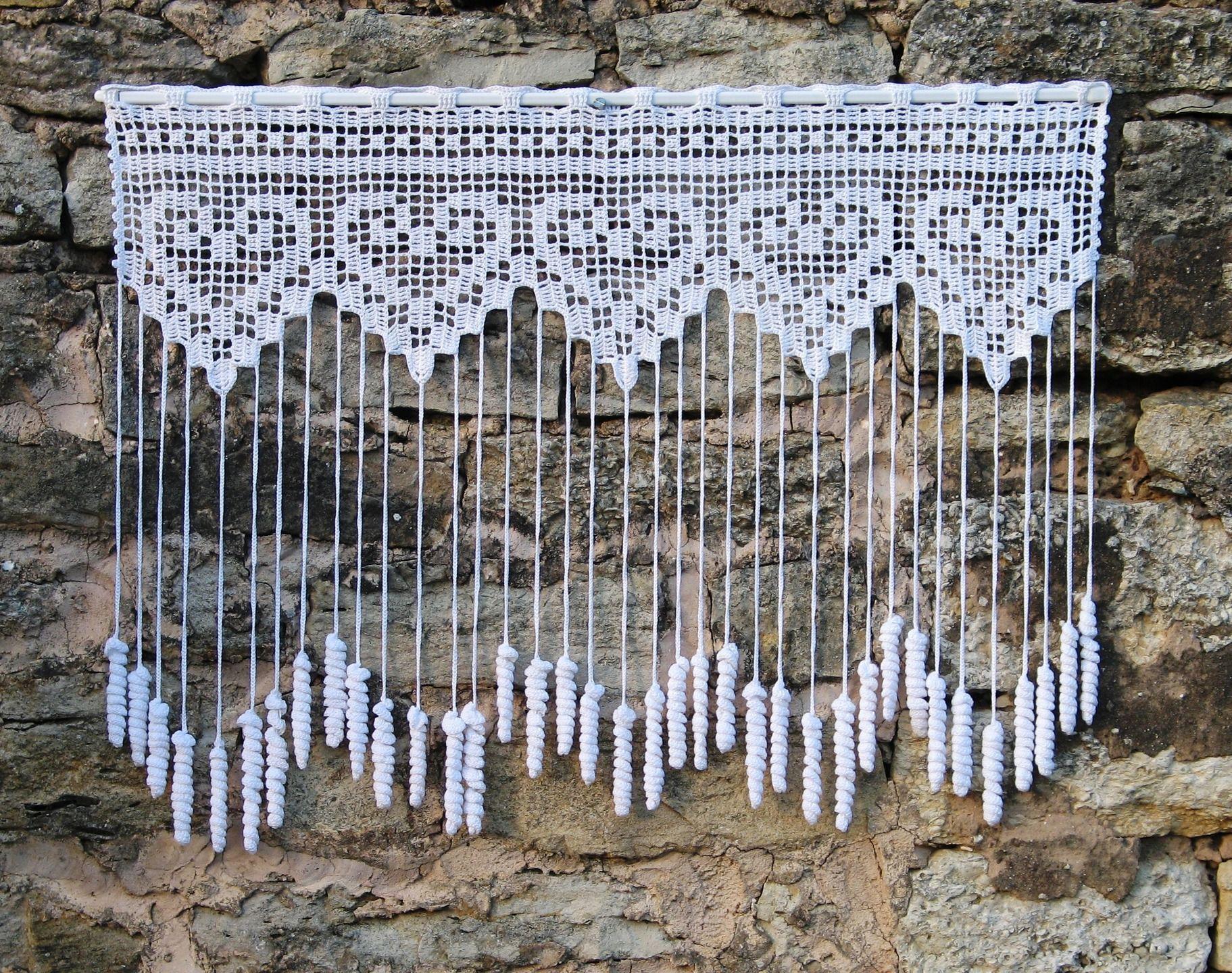 rideau crochet brise vue fait main motifs coeurs et pendants pommes de pin textiles et. Black Bedroom Furniture Sets. Home Design Ideas