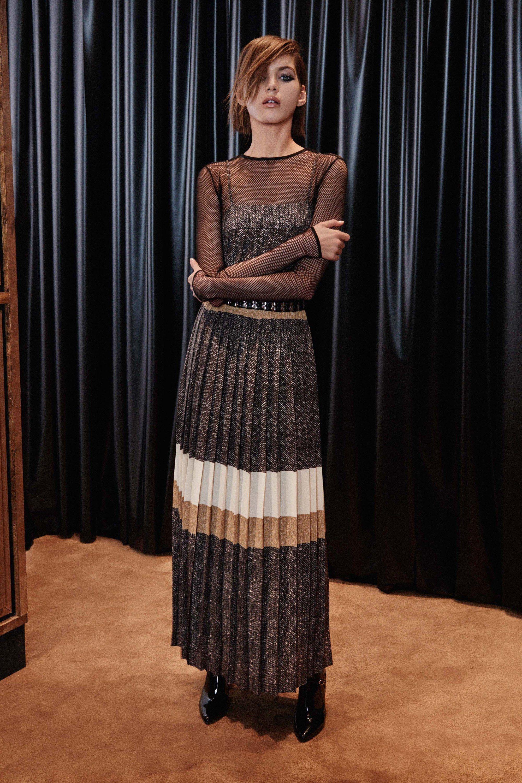 Max Mara Pre-Fall 2016 Collection Photos - Vogue