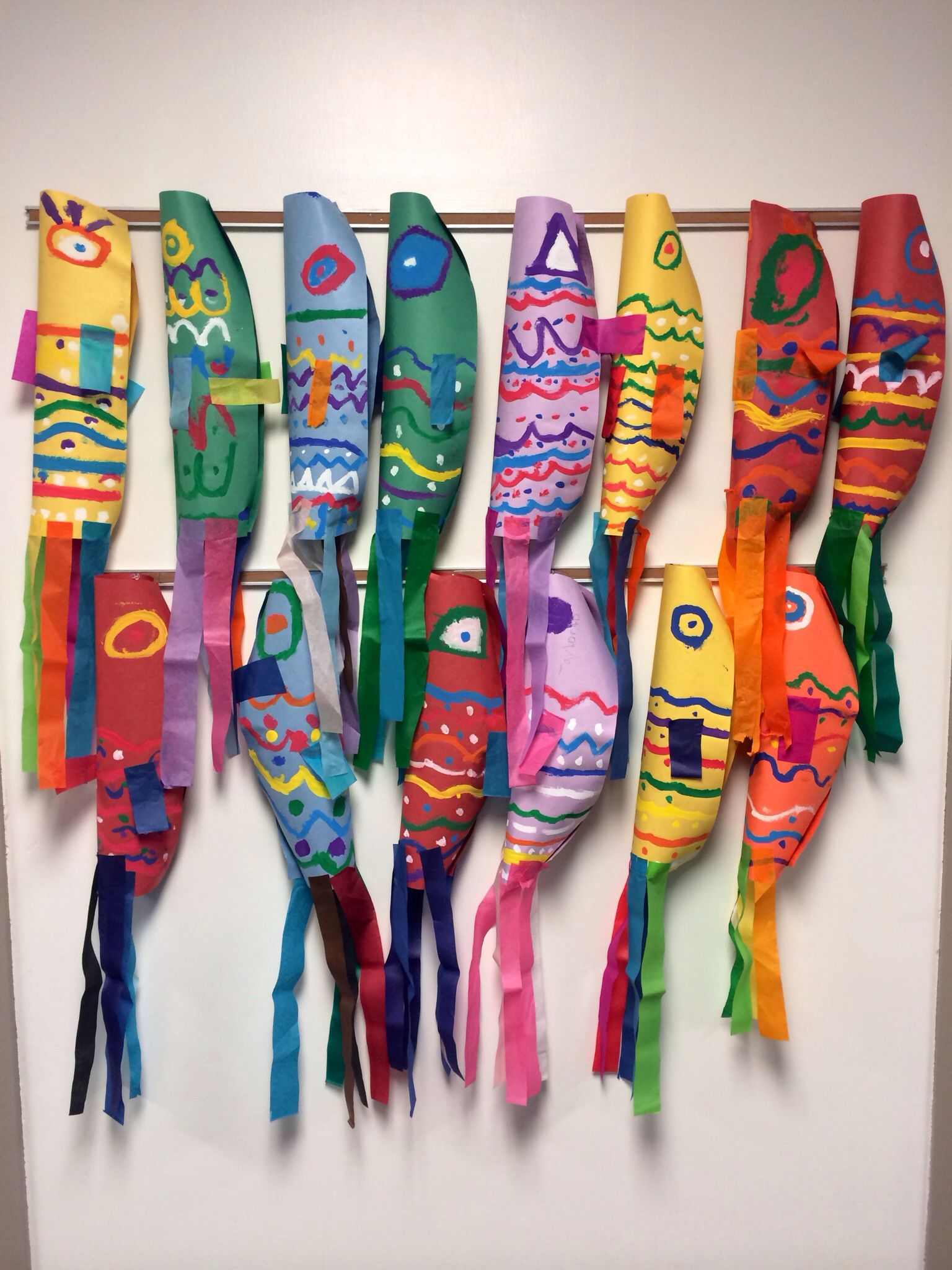 Color in japanese art - Elementary Art Project Japanese Koinobori Culture Carp Streamers Painting