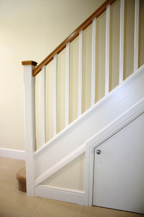 High Quality White Spindles With Oak Handrail U0026 Caps