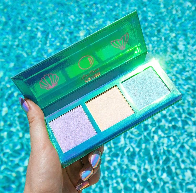 ριитєяєѕт ↠ clearlyeмιlyιrelyn ☾ Mermaid highlighters