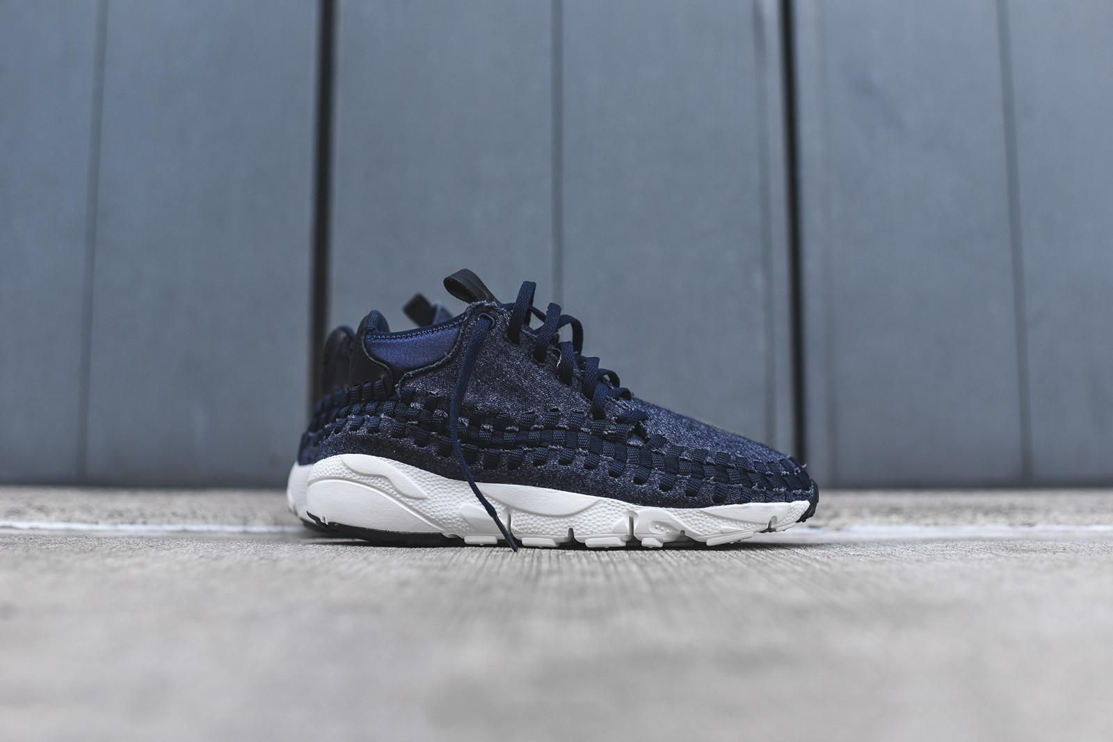 The Nike Air Footscape Woven SE Obsidian Is Out Now