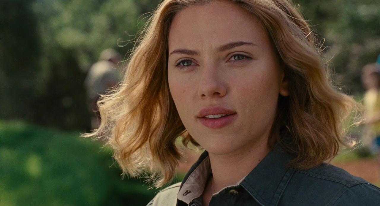 Scarlett Johansson - We Bought a Zoo - 2011 | Scarlett johansson movies,  Scarlett johansson, Scarlett johansson gif