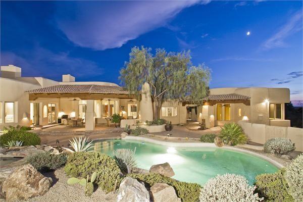 Southwest Lifestyle At Troon Scottsdale Az 85255 Luxury Homes Heated Pebbletec Pool Luxury Homes Luxury Real Estate Arizona Real Estate