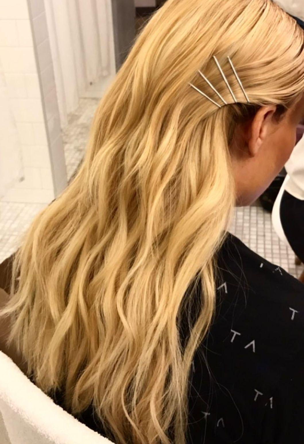 Pinterest Deborahpraha Curls And Bobby Pins Hair Style Hairstyles Bobby Pin Hairstyles Braids For Long Hair Short Hair Color