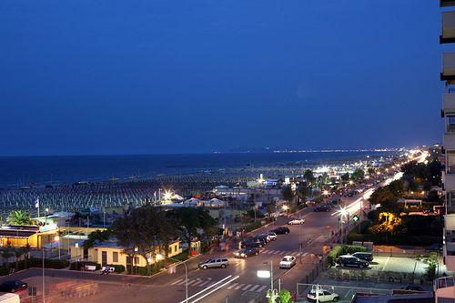 Rimini Lungomare E Spiaggia Rimini Litorale Spiaggia