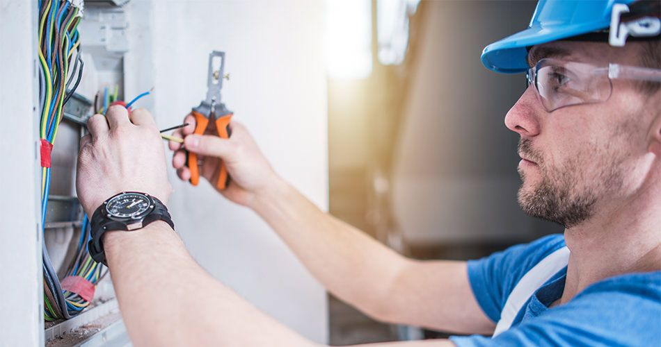 Different Types Of Electrical Services Available Electrician Services Emergency Electrician Residential Electrical