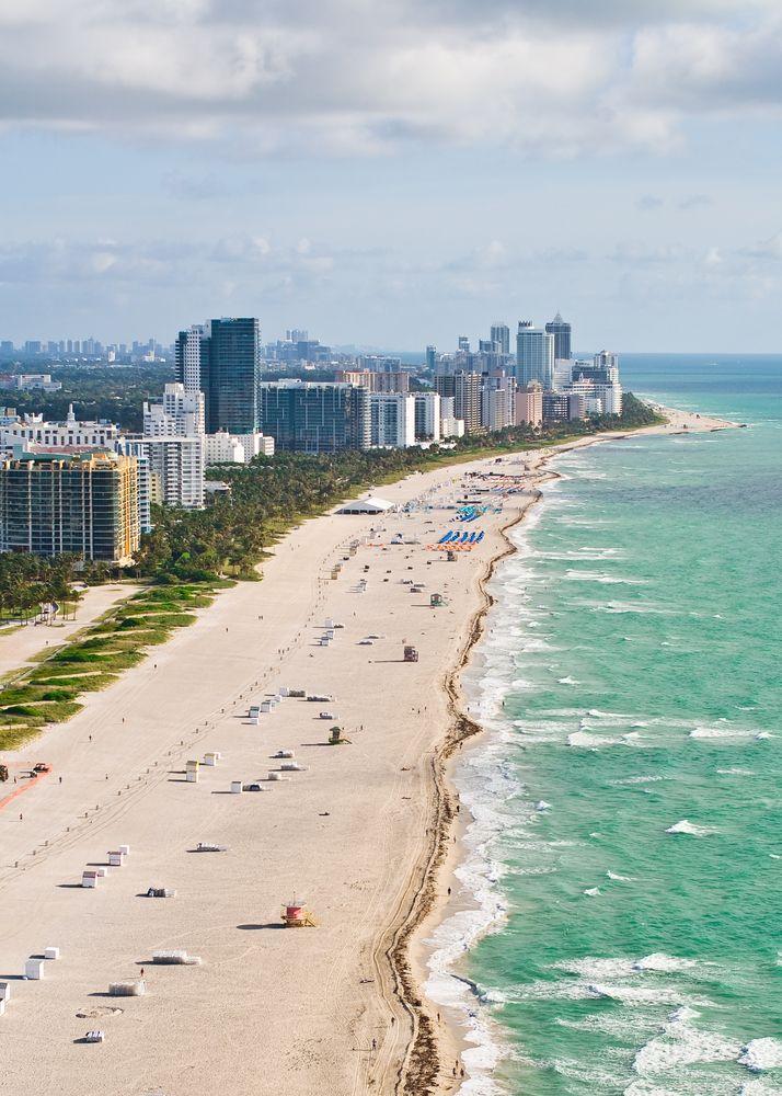 ¿Sabes dónde quieres pasar tus próximas #vacaciones? En #Miami te esperan las mejores playas, además de los mejores bares y restaurantes, elegantes paseos y los mejores centros de compras.  http://www.bestday.com.mx/Miami-area-Florida/