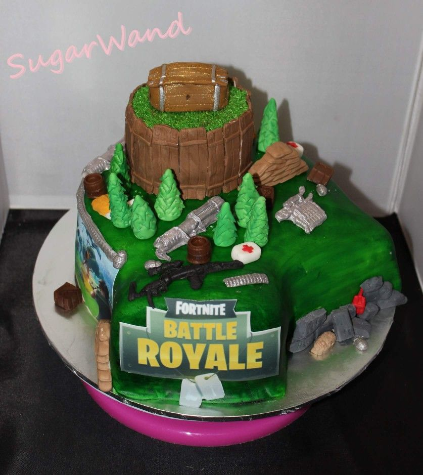 Fortnite cake.