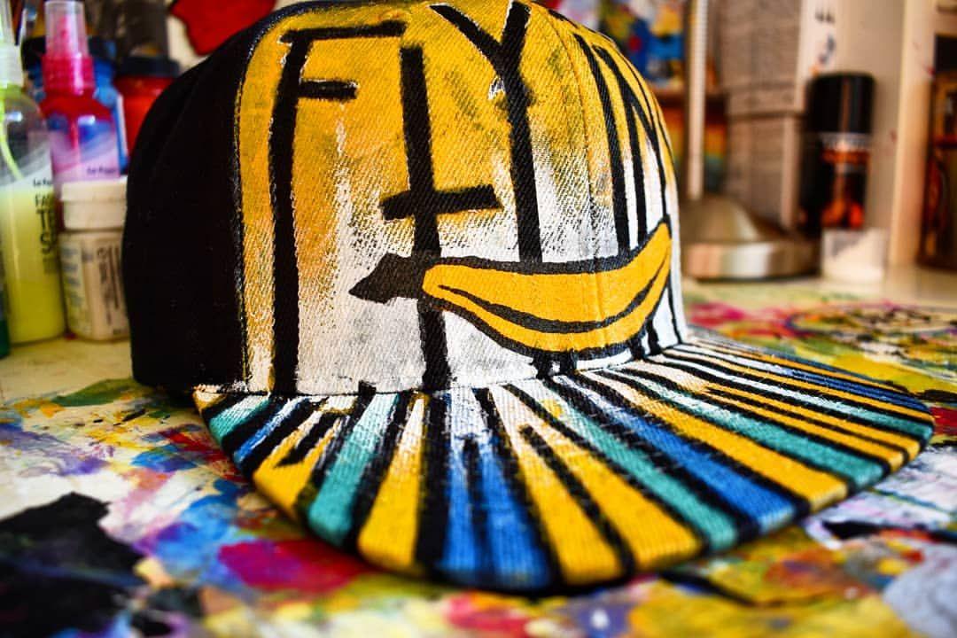 Last one 🧢 @flyingbanana.sk 🍌 . #customize #customizer #czapkazdaszkiem #snapback #colors #lovetocreate #hobby #instadecor #decoration #instaart #malowanie #pomyslnaprezent #malowaniefarbami #dekoracje #hat #tarrago #tarrago #tarragoteam #flyingbanana #yellow #banana #painting #acryloncanvas #acrylicpainting #colors #lovetocreate