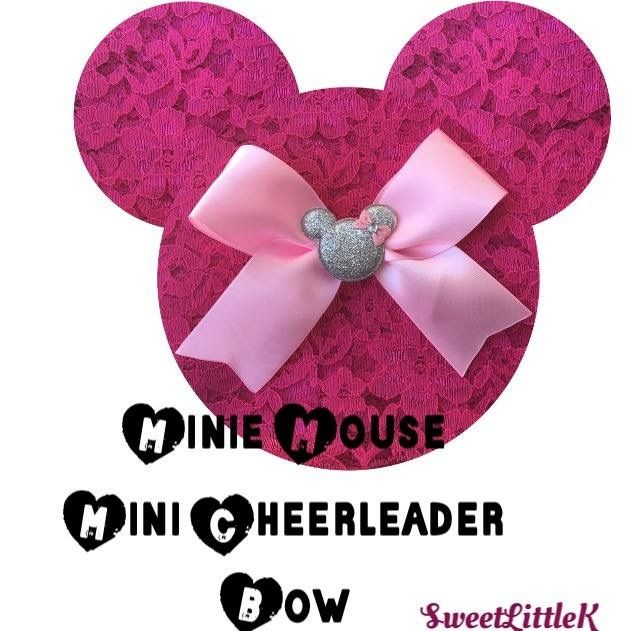Mini Minnie Mouse cheer bow
