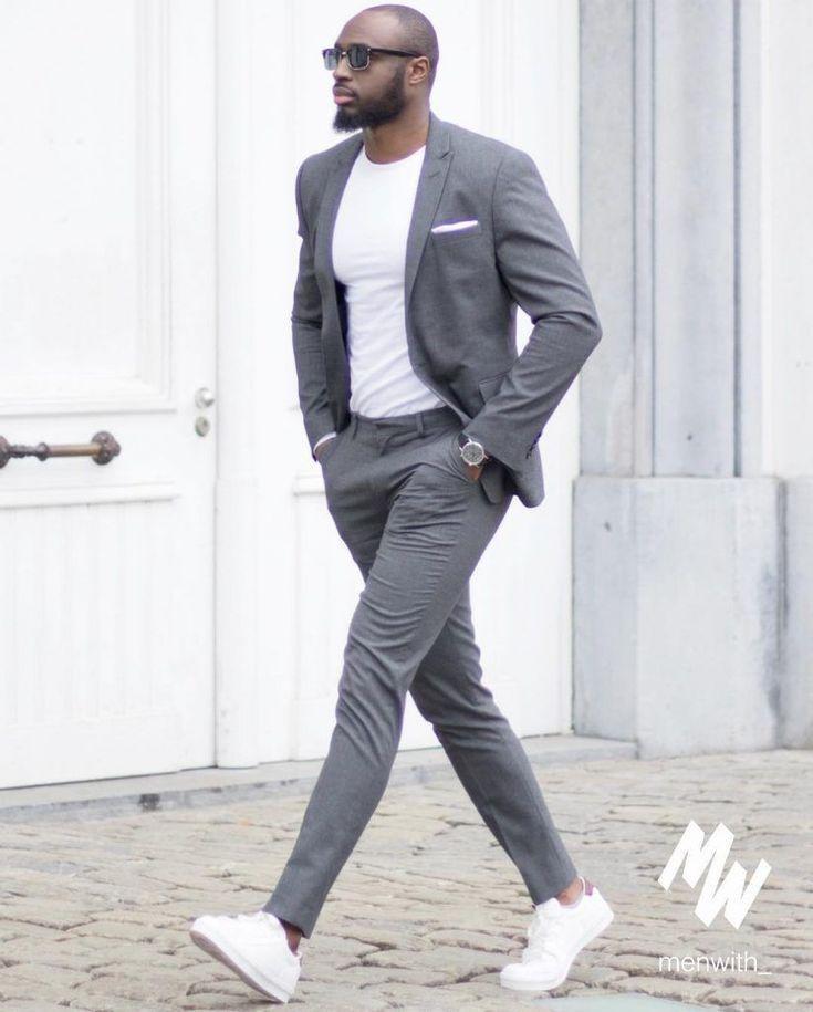 Mens Suits  #Streetstyle La mode #homme par @logikriver   Costume gris pour #menssuits