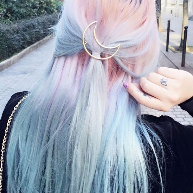Look at this beautiful pastel hair! #pastel #hairstyle #grunge #hairdye