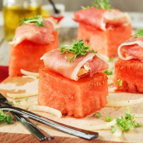 Appetizers with watermelon and ham foodgawker recipes pinterest appetizers with watermelon and ham in spanish find this pin and more on foodgawker recipes forumfinder Gallery