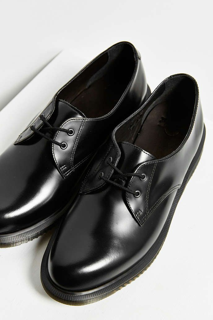 Dr. Martens Brook 2-Eye Oxford - Urban Outfitters