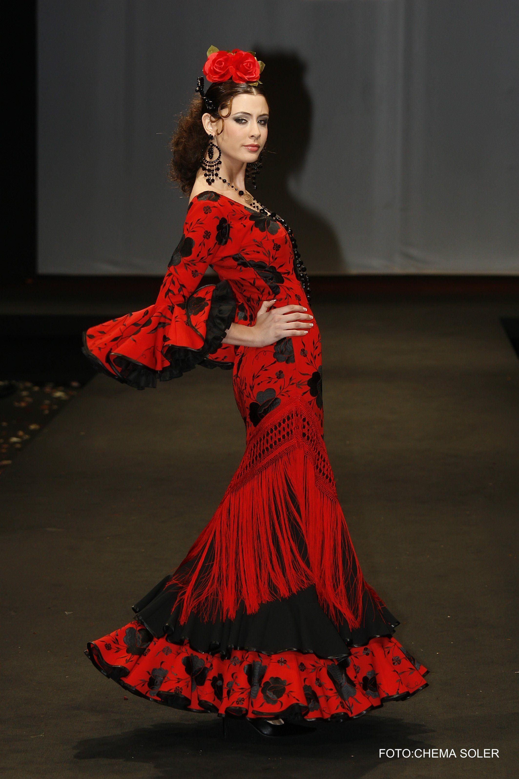 Traje flamenca negro barato
