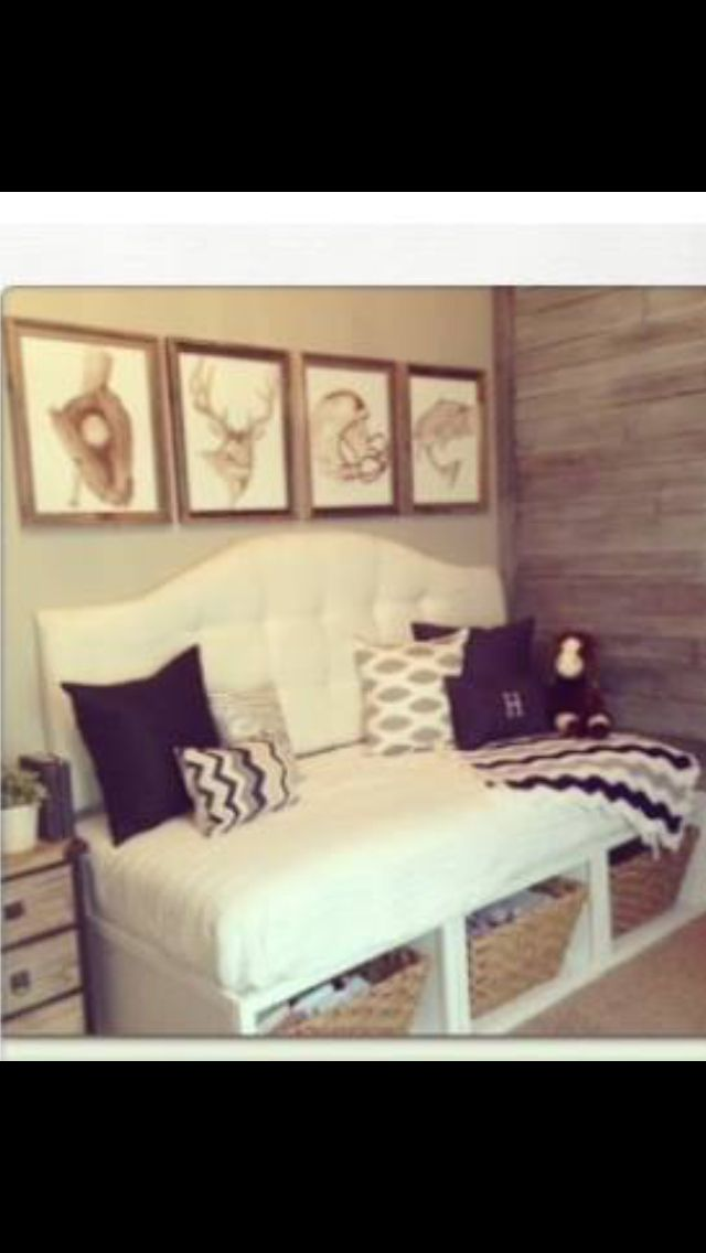 Cool DIY daybed with storage