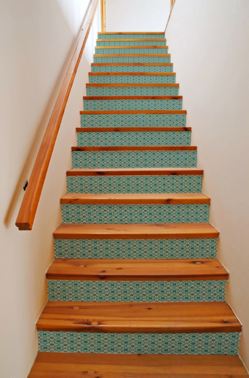 Best Mirth Studio S Blue Antebellum Patterned Hardwood Stair 640 x 480