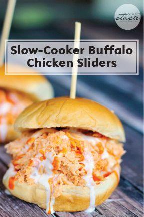 Slow Cooker Buffalo Chicken Sliders #tailgatefoodmakeahead