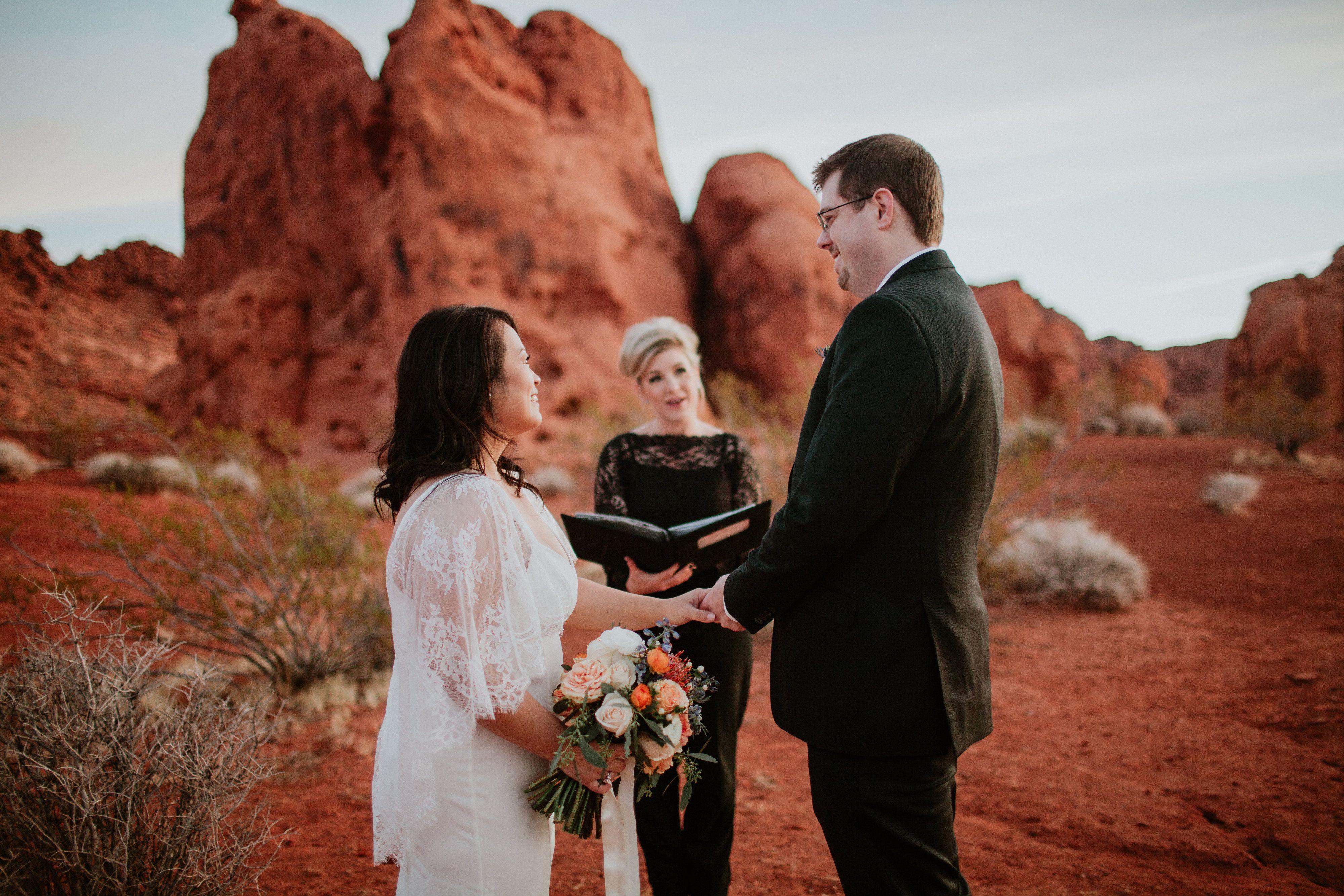 Valley of Fire elopement wedding near Las Vegas photo