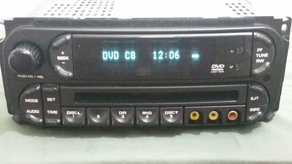 2005 2006 2007 Chrysler Dodge Radio With Built In Dvd Player Oem