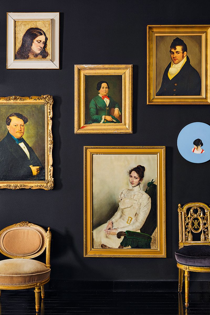 Love This Wall Gallery Of Old Portraits Art Gallery Wall Portrait Wall Hanging Art