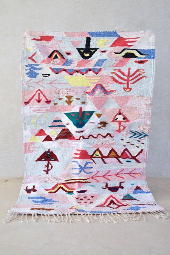 Boucherouite Vintage Moroccan Rug Wool Boucherouite