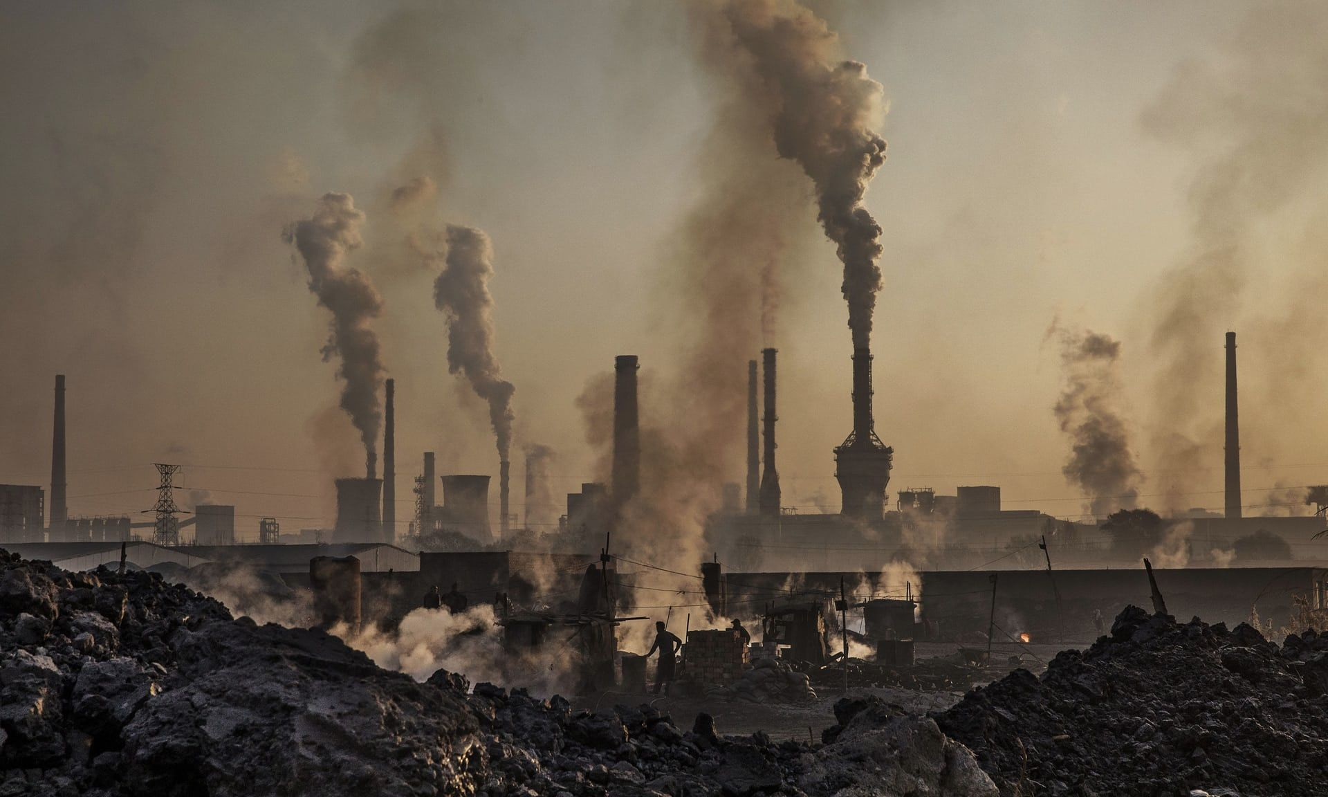 Air Pollution Linked To Slower >> Real Estate China S Growth Engine Stutters As Factories Slow Down
