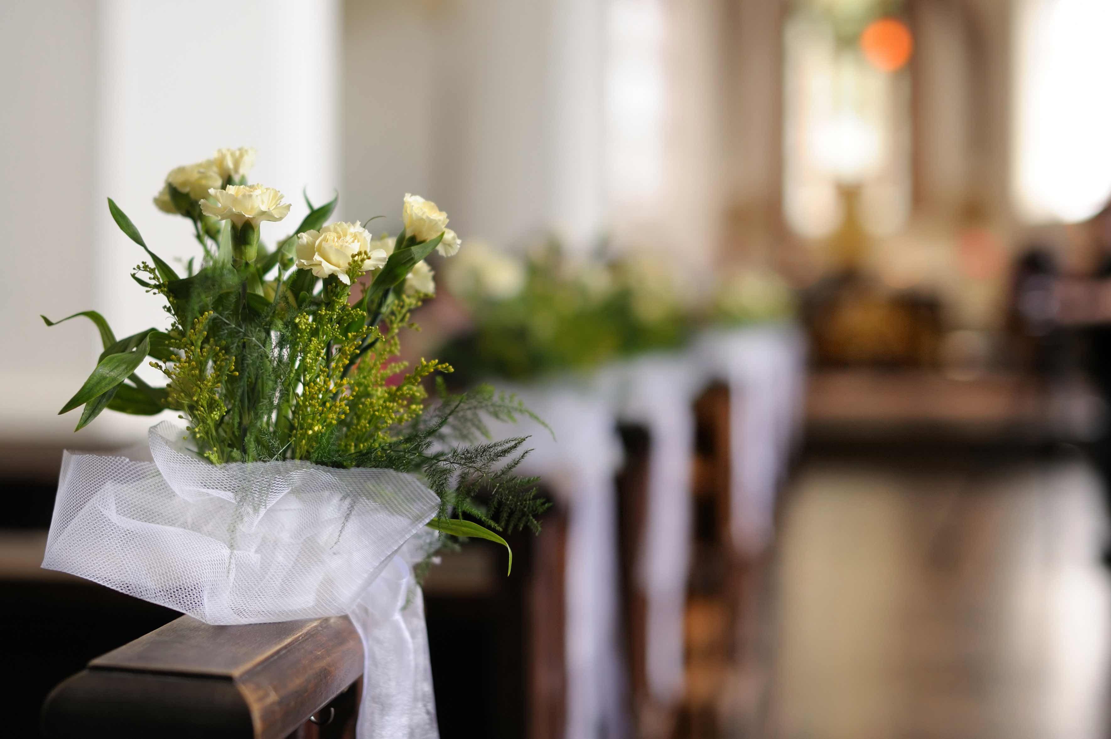 Kirchenbank Deko Bildergalerie Blumengestecke Hochzeit