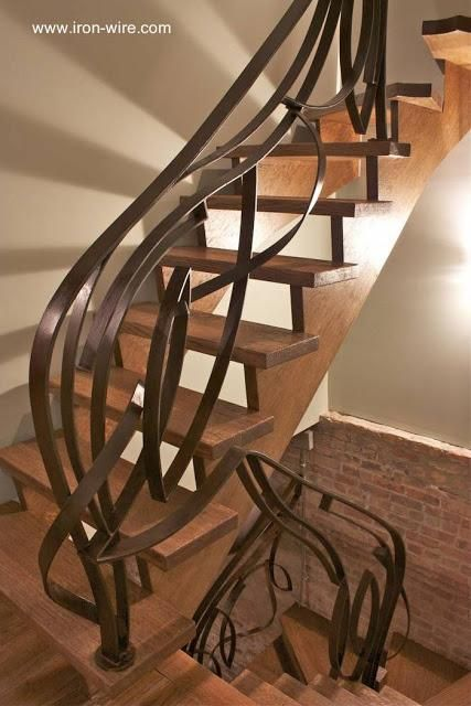 23 modelos de escaleras interiores Spiral stair and Staircases