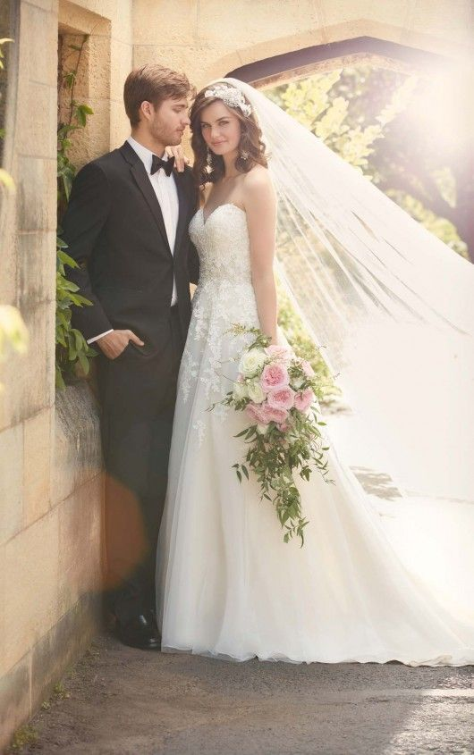 Y Wedding Dress With Cap Sleeves By Tulle