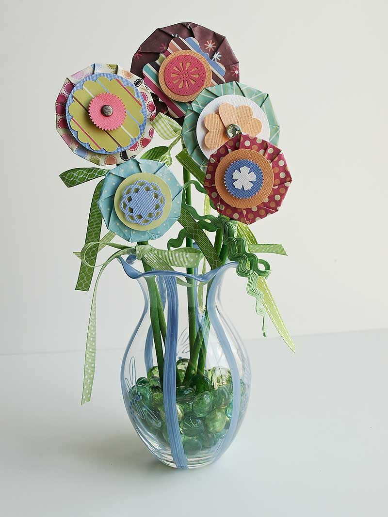 Fun flowers  a tutorial for making paper flowers  My Layouts