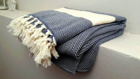 Cotton blanket in Blue Herringbone - King size bedding - Organic Blanket throw…