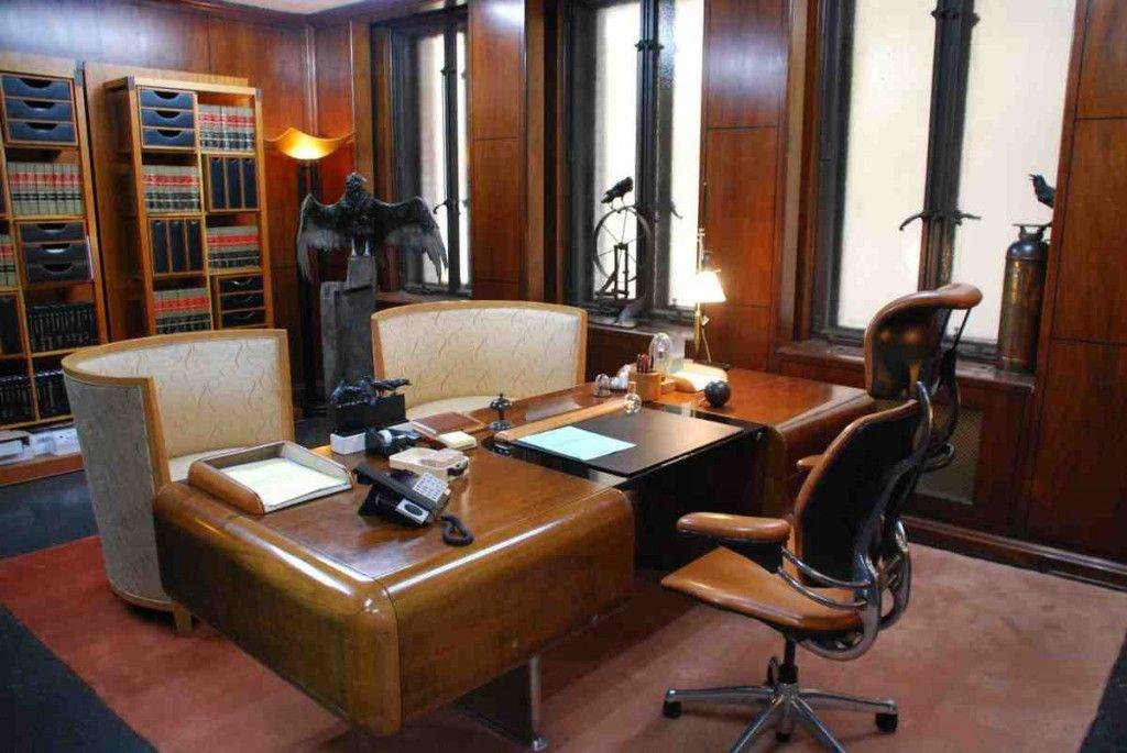 Attirant Lawyer Office Decor