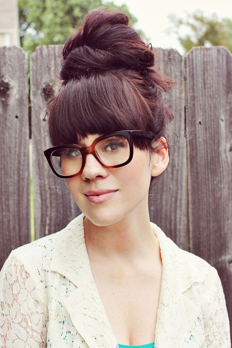 Sister Style Kinda Sorta Professional A Beautiful Mess Bangs And Glasses Hairstyles With Glasses Love Hair