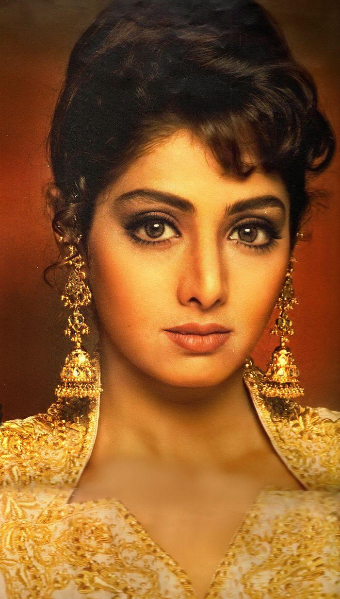 термином индийские актеры и актрисы фото с именами архитектурный рисунок, согласно