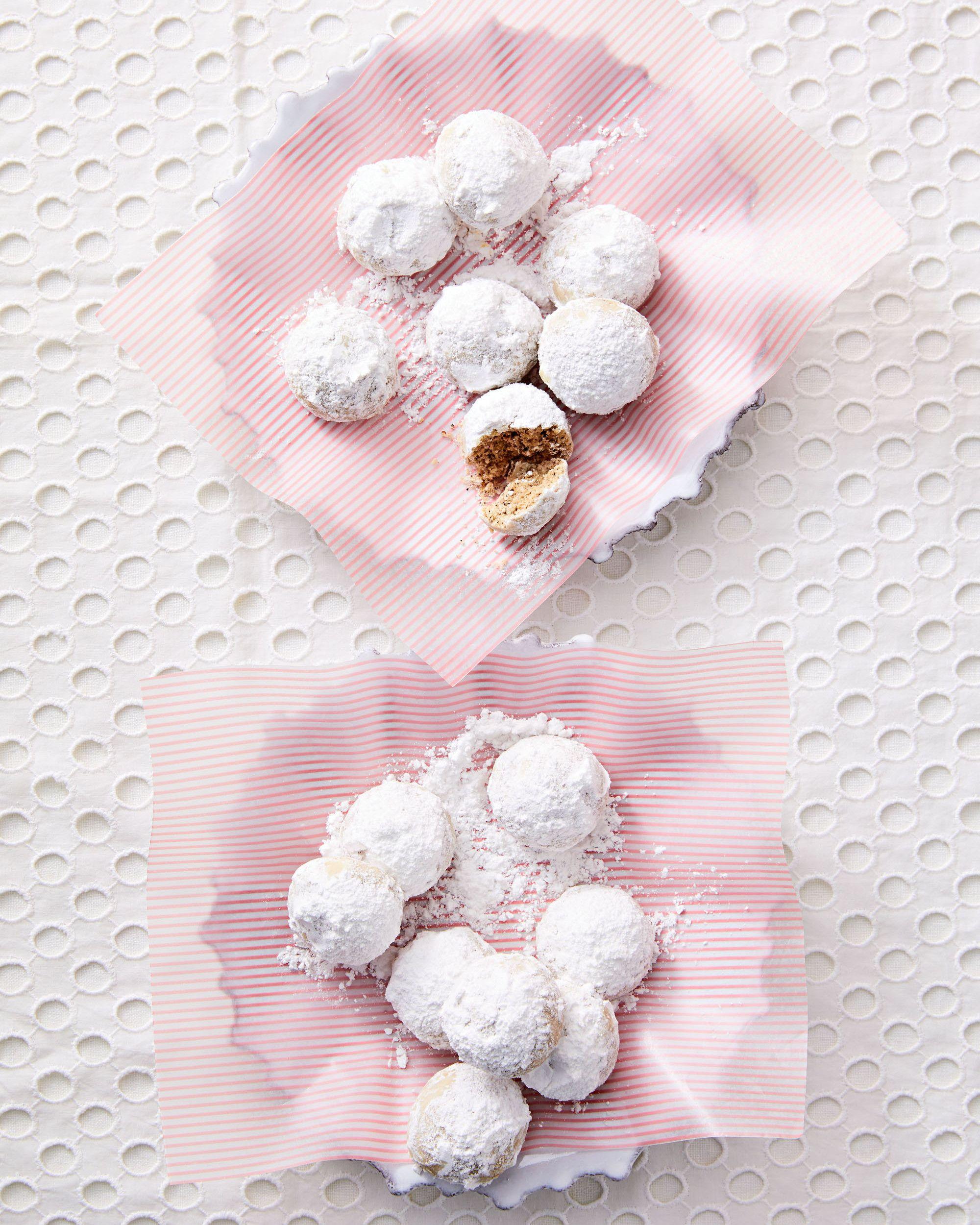 Chai Snowballs Recipe Wedding cookies, Russian tea