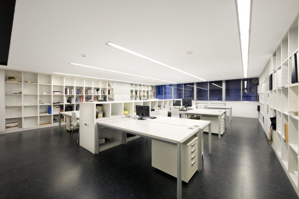 Architecture studio bmesr29 arquitectes office - Office studio design ideas ...