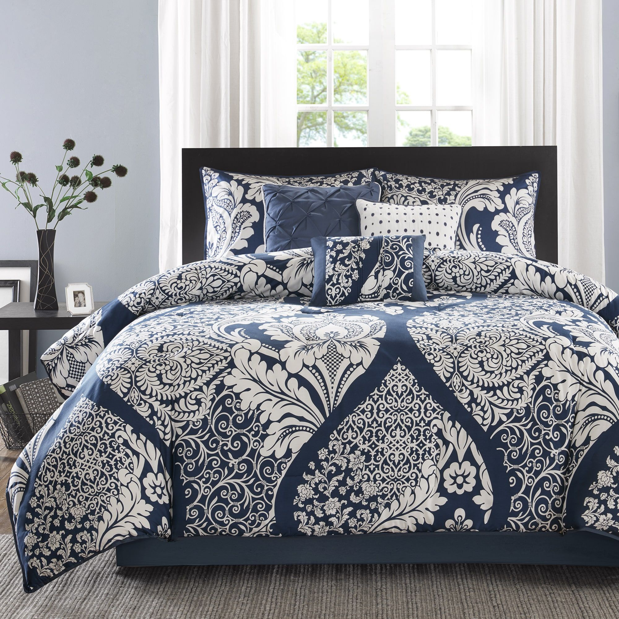 Madison Park Marcella Indigo Cotton Printed 7-Piece Cal-King Size Comforter Set (As Is Item)