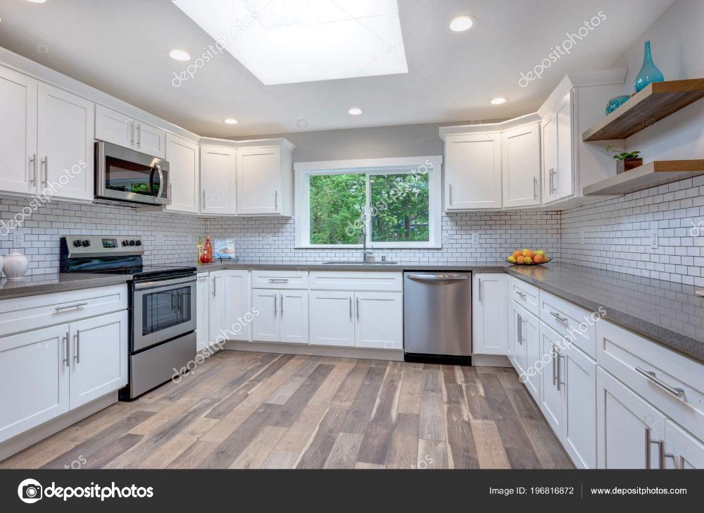 Bedroom Interior Design Tips Make Your Home Special Beritaasemasa Online Open Concept Kitchen Kitchen Design Open Gray Kitchen Countertops