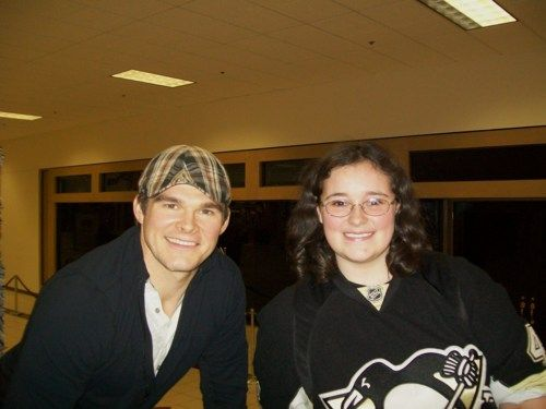 Chris Kunitz poses with a fan