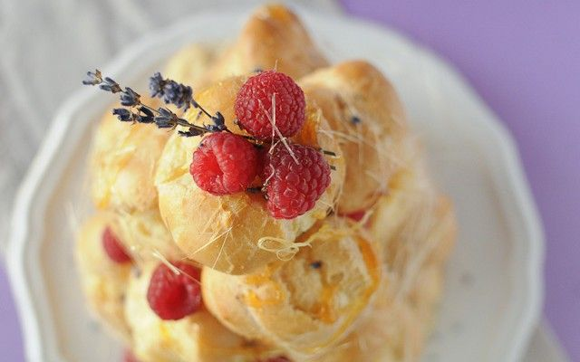 Croquembouche with Lemon Curd & Lavender Cream- from appetite for discovery blogger :)
