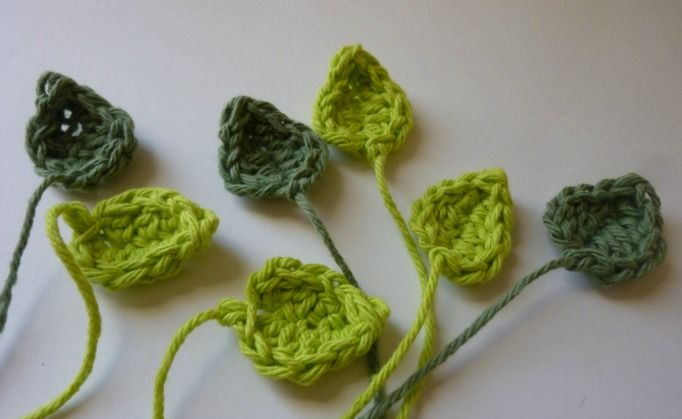 Crochet Dynamite: Recycled Rose Necklace for Leaves