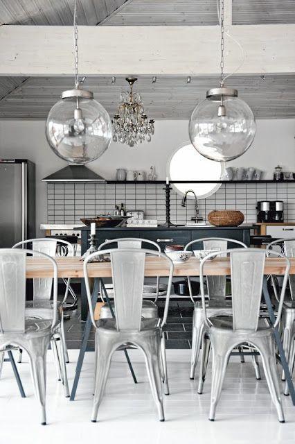 Kitchen grey/black.
