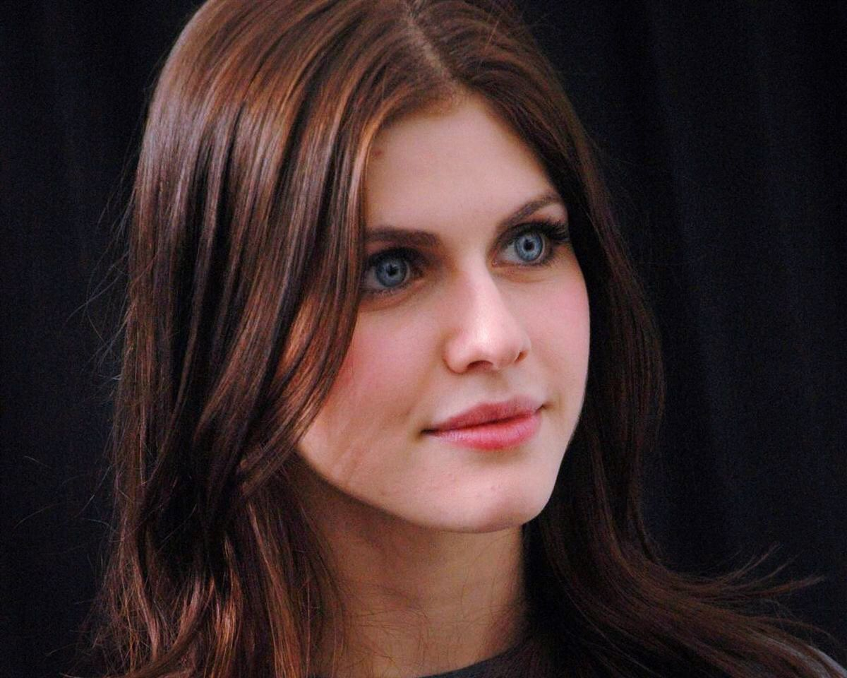 Alexandra Daddario Beautiful EyesBeautiful