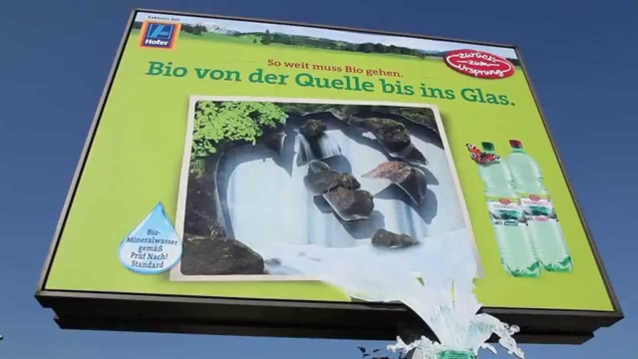 GEWSITA: Hofer Mineralwasserflasche mit Formatsprengung & Beklebung am R...