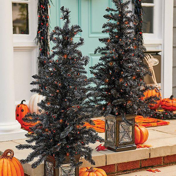 Improvements 4\u0027 Pre-Lit Indoor/Outdoor Halloween Tree (220 HRK