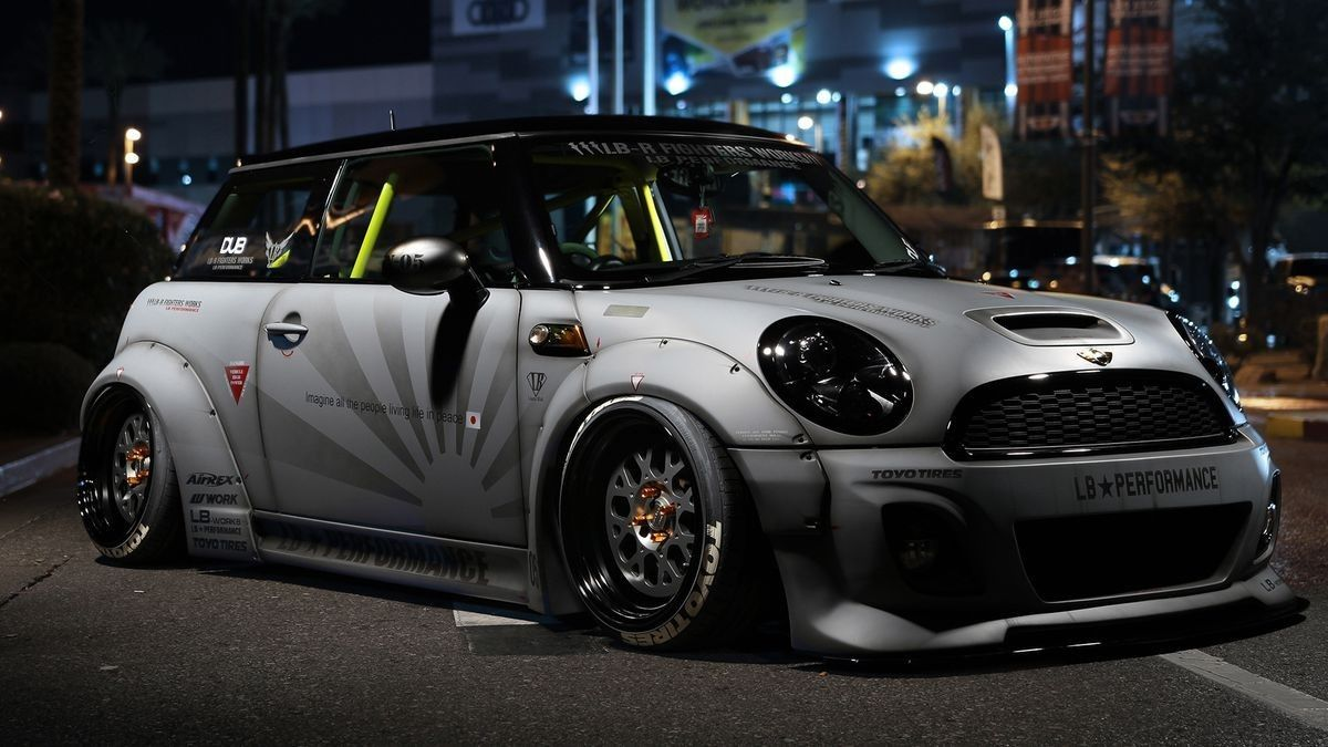Bad Ass Liberty Walk Mini Cooper